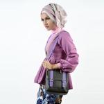 Tas-jalan-model-simpel-ukuran-kecil-untuk-remaja-cewek-produk-lokal-bogor-pusat-grosir-tas-wanita-tas-lucu-kombinasi-warna-produsen-tas-bogor-tas-selempang-cora-warna-purple